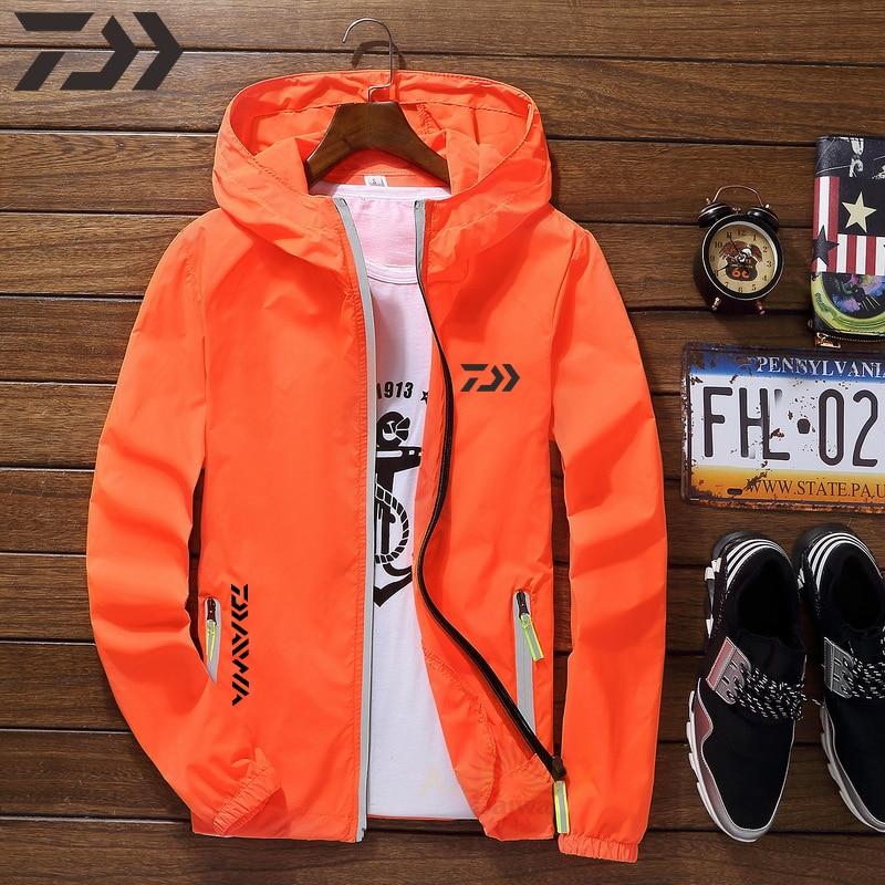 Daiwa Fishing Jacket Sun Protection Men Thin Breathable Quick Dry Fishing Shirt Waterproof Outdoor Sport Summer Fishing Clothes