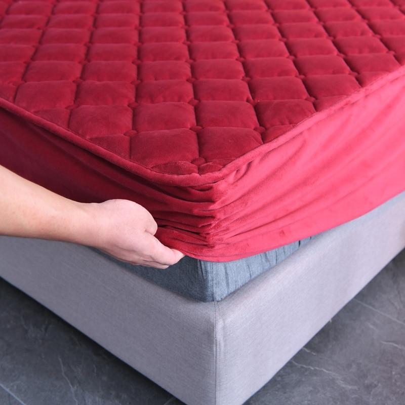Bonenjoy 1 قطعة الفانيلا مبطن مجموعة غشايات السرير الأحمر اللون الدافئة رشاقته المجهزة غطاء السرير لفصل الشتاء المرجان الصوف غطاء مرتبة الملك