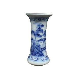 Chinese Old Porcelain Bowls Of Blue And Blue Flowers