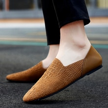 Shoes Men Loafers slip on fashion breathable Lazy Peas shoes outdoor Italian genuine leather Moccasi
