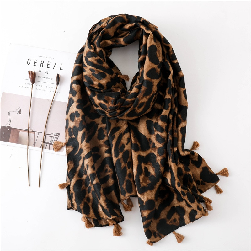 2020 Leopord Pattern Scarf Women's Spring And Autumn Versatile Cotton Linen Gauze Kerchief Warming Scarf Oversized Shawl