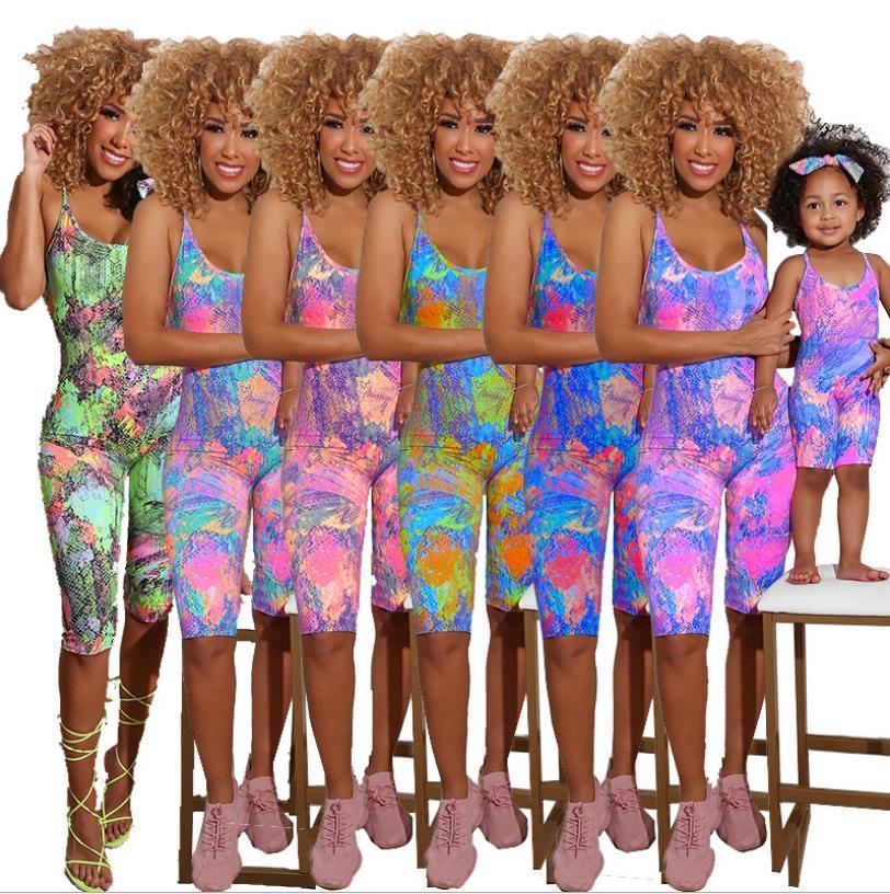Verão quatro peças conjuntos macacões mãe e crianças impressão espaguete u pescoço magro na altura do joelho playsuits praia férias roupas