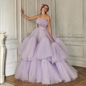 Pretty Lavender Ruffles Tulle Prom Dresses Puffy Draped Tulle Mesh Long Prom Gowns Off The Shoulder Beaded Party Dress