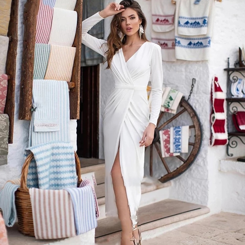 2021 New Arrival Simple Chiffon Wedding Dress Long Sexy V Neck Sleeve Beautiful Atmosphere Creasing Slim Wedding Gown