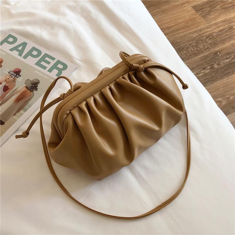 Jin Mantang Women's Bag 2021 New Girls' Bag Fashion Designer One Shoulder Diagonal Bag Temperament Wild Chain Crossbody Bag