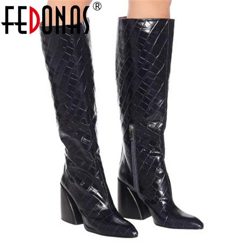 Marca FEDONAS de talla grande, botas de piel sintética hasta la rodilla para mujer, botas de invierno cálidas para montar, zapatos de tacón grueso para mujer