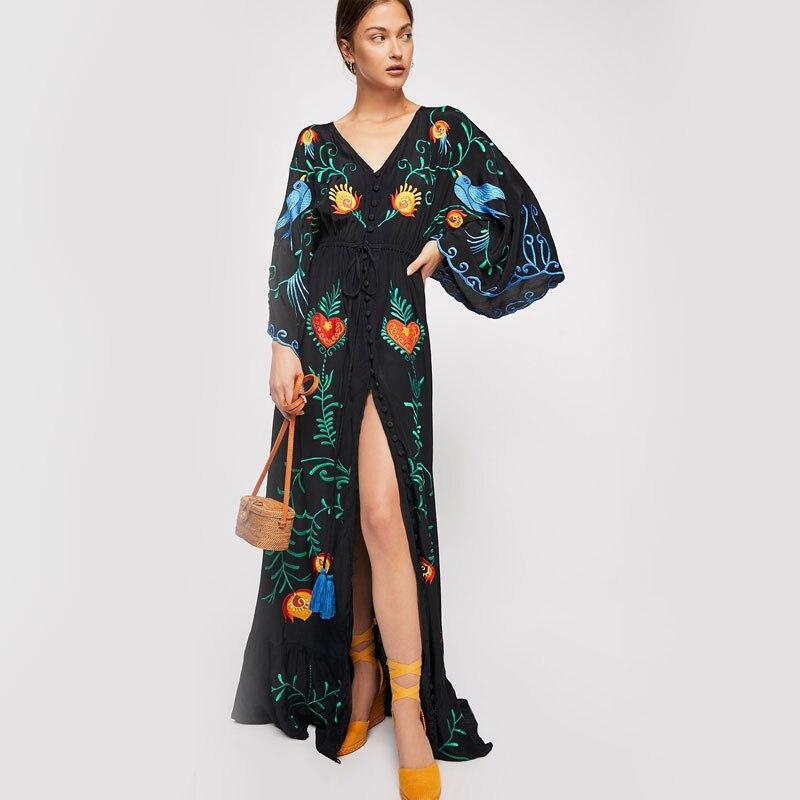 Nuevos Bohemios de verano turístico vestido para Resort con cuello en V suelto, vestido retro étnico bordado de flores