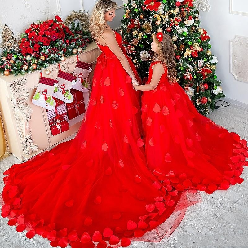 Christmas  Mother And Daughter Prom Dresses 2020 Sweetheart Bow Sash Petals Long Formal Evening Gowns Custom Made Party Dress