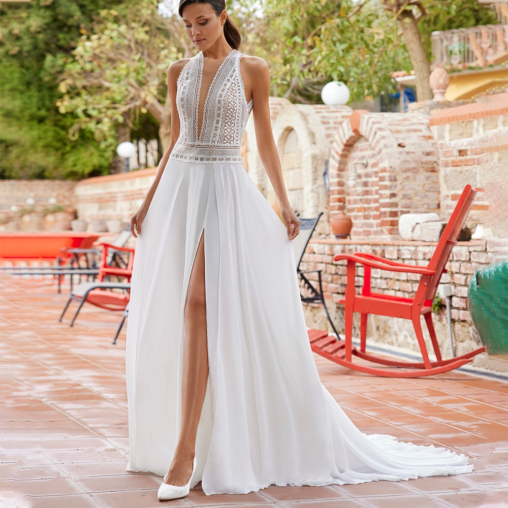 Cut Out Lace Boho Chiffon Halter Wedding Dress High Slit Bohemian Beach Summer Deep V-Neck 2021 Soft A Line Bridal Gown