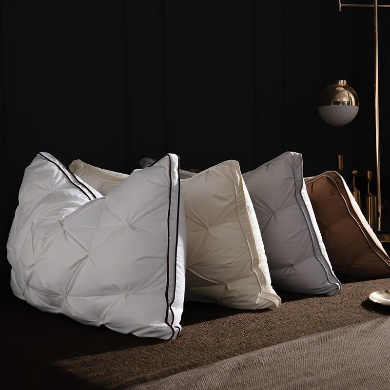 الوسائد الناعمة الأبيض أوزة أسفل ريشة الوسائد للنوم الرقبة حماية السرير الوسائد مع غطاء قطن 100% مع الطبيعية