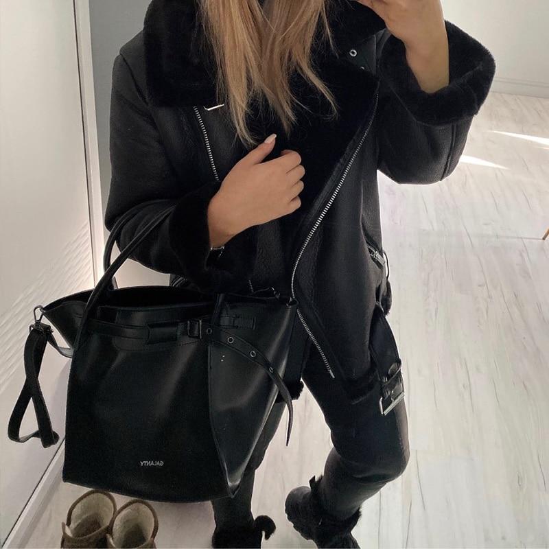 2021 motorcycle leather jacket women's winter lamb hair handsome plus velvet thick coat short PU fur one women's new trend enlarge