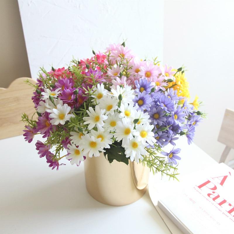 Margarita pequeña flores artificiales de seda de tela accesorios inserta manejar solo DIY planta de pared interior diseño de decoración manualidades 10 Uds