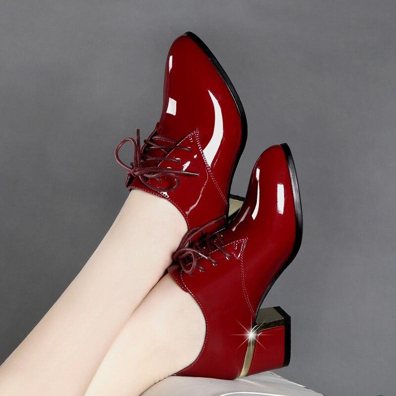 Tamanho 35-41 bombas de salto alto grosso luz estudante sapatos femininos casual calcanhar couro de patente apontou toe zapatos de mujer zapatos