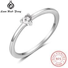 925 en argent Sterling Simple coeur anneaux pour femmes 925 argent clair CZ bague de doigt de luxe cadeau de mariage bijoux fins (Lam Hub Fong)