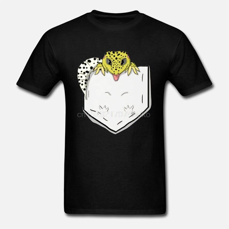 Novelty Reptile Leopard Gecko In Pocket T Shirt For Male Hip Hop Tee shirt Fashion Streetwear Crewneck T-Shirt
