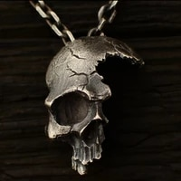 cool boy fashion 316l stainless steel broken skull pendant and mens fashion titanium steel jewelry for gothic party jewelry