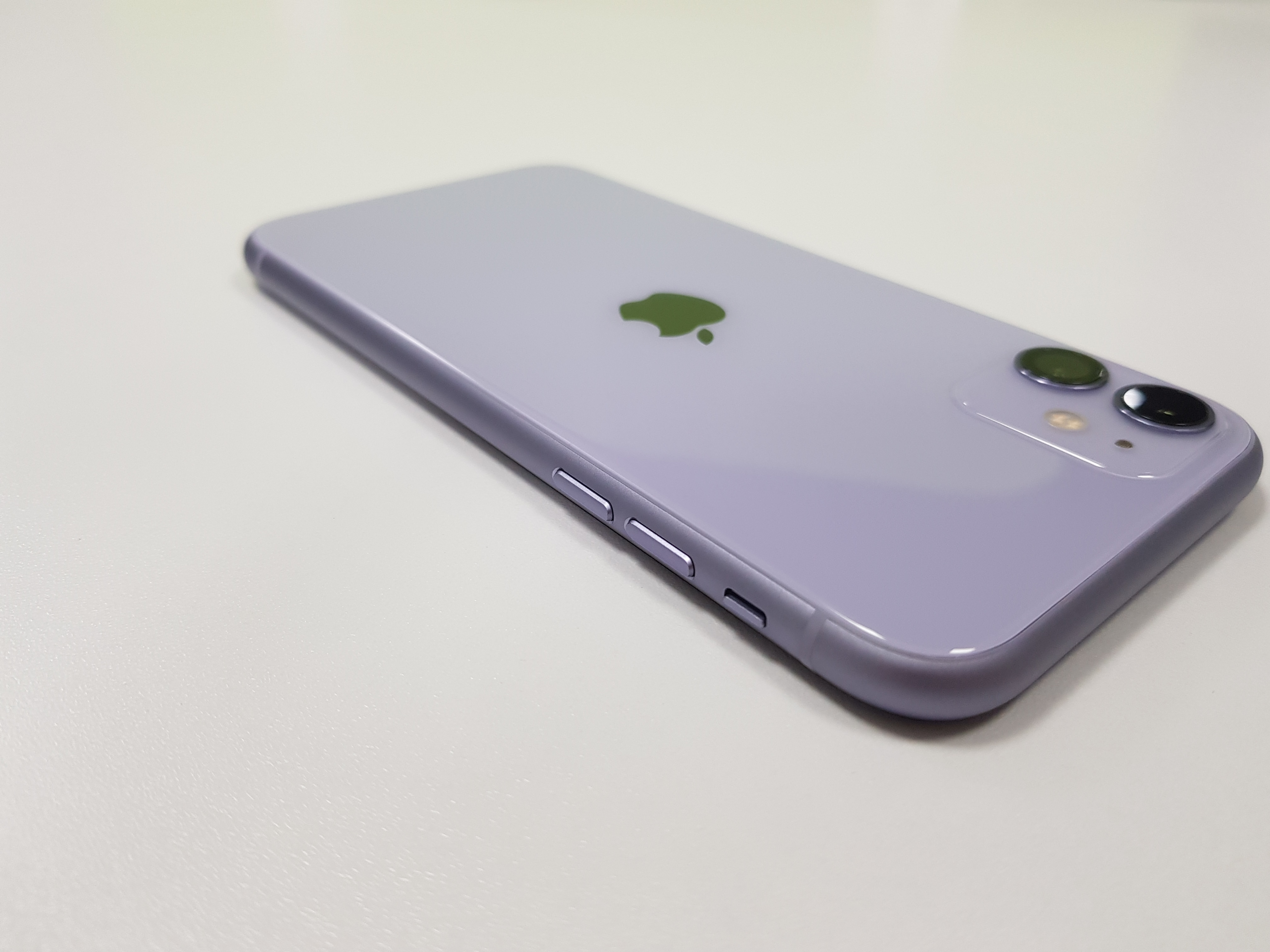Original Apple iPhone 11 A13 Bionic Chip RAM 4G ROM 64GB/128GB/256GB 6.1 10