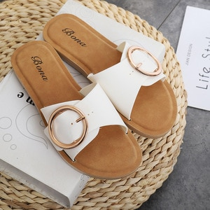 Summer Women Fashion Slippers Flat Heel Rubber Sole Pvc Upper Buckle Strap Slip on Outdoor Beach Slides Ladies Shoes Female 2021