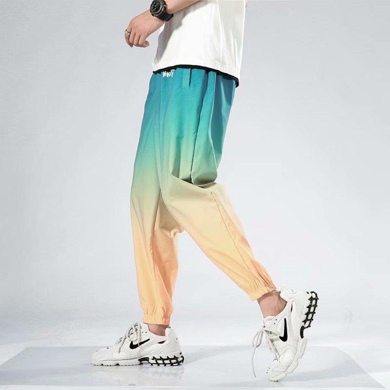Calças masculinas calças de verão cor fina gradiente feixe pés calças esportivas soltos de fibra de viscose masculina capri-calças