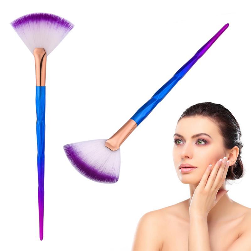 1 шт. Кисть для макияжа в форме веера с радужной ослепляющей ручкой для контурного контура, консилер, Мягкий косметический инструмент для макияжа