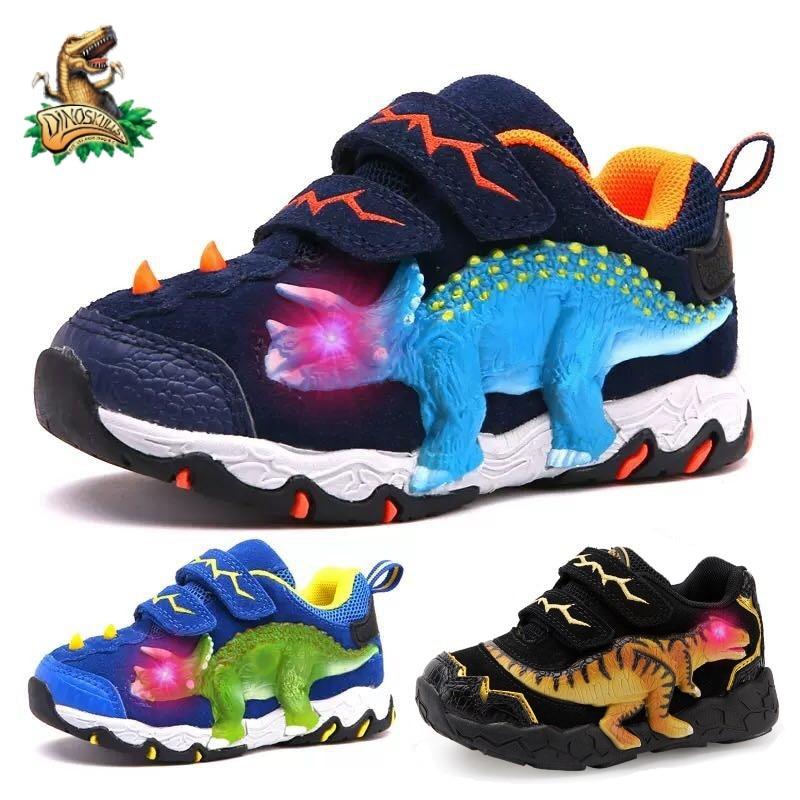 Dinoskulls 3-8 الفتيان الأحذية ديناصور LED متوهجة أحذية رياضية ربيع الخريف سوبر جلد البقر الأطفال موضة الاطفال Runnning أحذية رياضية