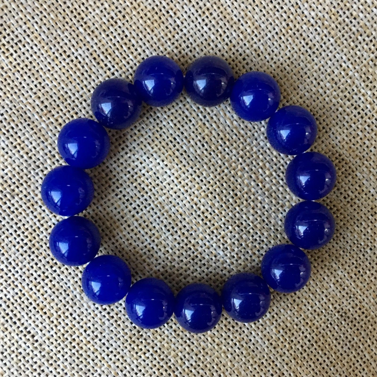 Feng Shui chino 12 mm pulsera de Jade azul Natural pulsera segura y de buena suerte