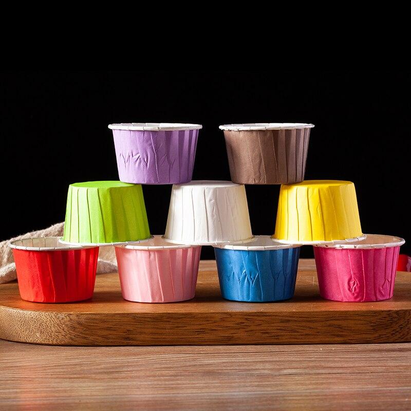 100 Uds Color engarzado recubierto de papel taza de alta temperatura resistente para hornear taza boda fiesta cumpleaños DIY bandeja de papel