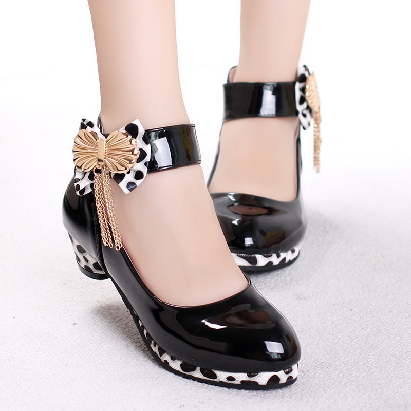 2021 Spring New Version of The Girls 'Latin Dance Student Shoes In The Big Boy Bow Knot Wenzhou Children's Shoes Wholesale