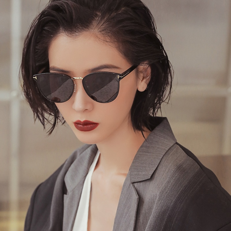 2021 New Polarized Sunglasses Women Fashion Outdoor 2209 Travel Driving Fast shipping