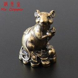 Античная бронзовая китайская Новогодняя статуя крысы 2020, миниатюрные статуэтки, винтажная медь, Зодиак, животное, мышь, любовь, кукуруза, украшение, Декор