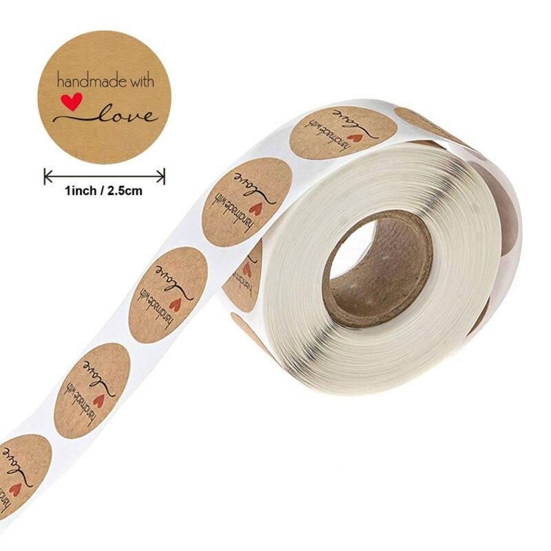 500-pz-pacco-rotolo-fatti-a-mano-con-amore-etichetta-etichetta-adesiva-di-carta-kraft-gloss-adesivi-di-imballaggio-regalo-del-mestiere-25mm