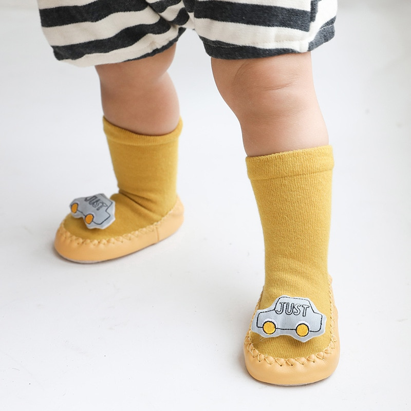 Фото - Leather-Soled Cartoon Doll Non-Slip Toddler Baby Cotton Floor Socks Soft And Cozy First Walker Shoes подушка cozy cotton