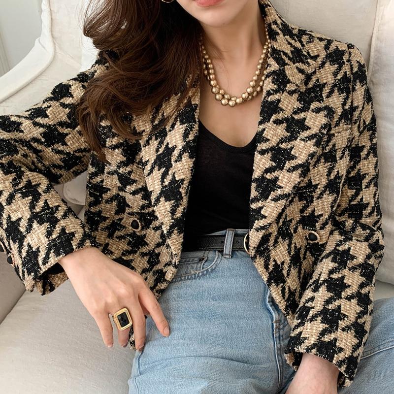 2021 Winter Female Turn Down Collar Double Breasted Minimalist Slim Fit Vintage Plaid Cotton Heavy Tweed Jacket Cardigan Coat