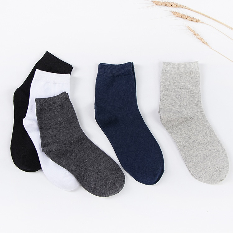 New Autumn And Winter Socks Mens Tube Solid Color Sports Cotton mens Factory Direct Sales