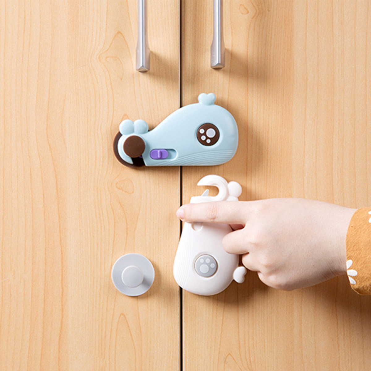 4pcs Baby Safety Cabinet Lock Door Lever Lock Safety Child Proof Doors Proofing Refrigerator Cabinet Locks with Self Adhesive