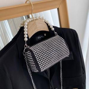 Rivet Handbag Women Barrel Shape Messenger Bag Luxury Pearl Shoulder Bags Fashion Phone Pack Purse New Lady Chain Crossbody Bag