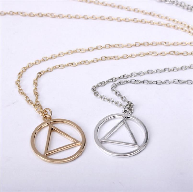 Alcoholics Anonymous collar de símbolo AA Unity llavero Eminem triángulo en círculo emblema medallón encanto signo de fuego