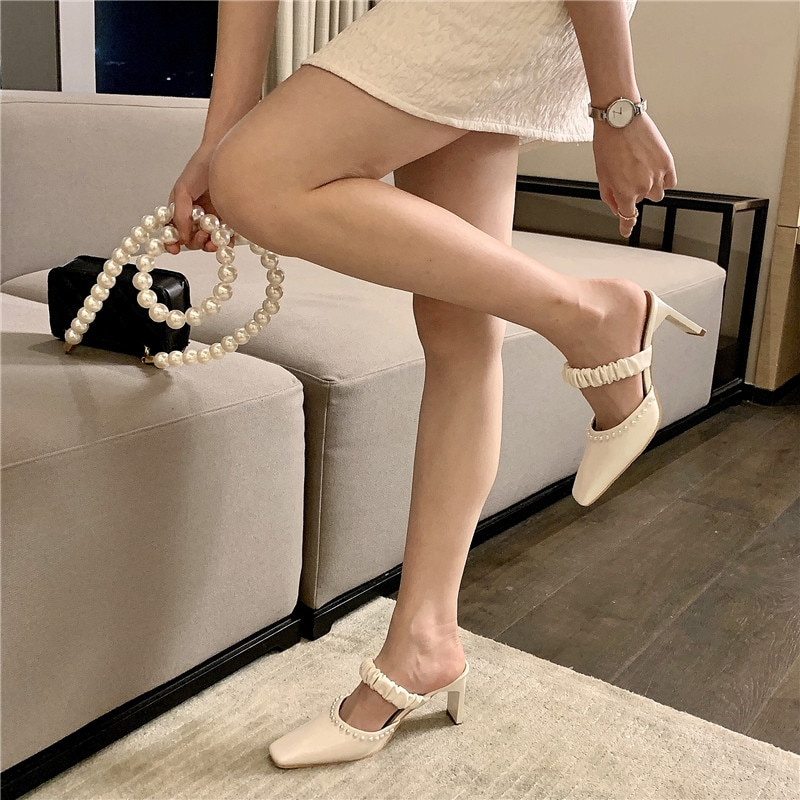 2021 Summer Women Slippers Square Toe Solid Color Pearl Chain Hollow Thick High Heels Shallow Slip On Pumps Party Sandals Slides