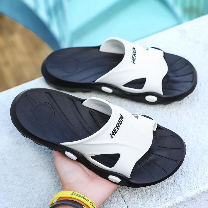 Flip-flops 2020 summer new outdoor wear personality beach shoes sandals men trend Korean slippers men wholesale