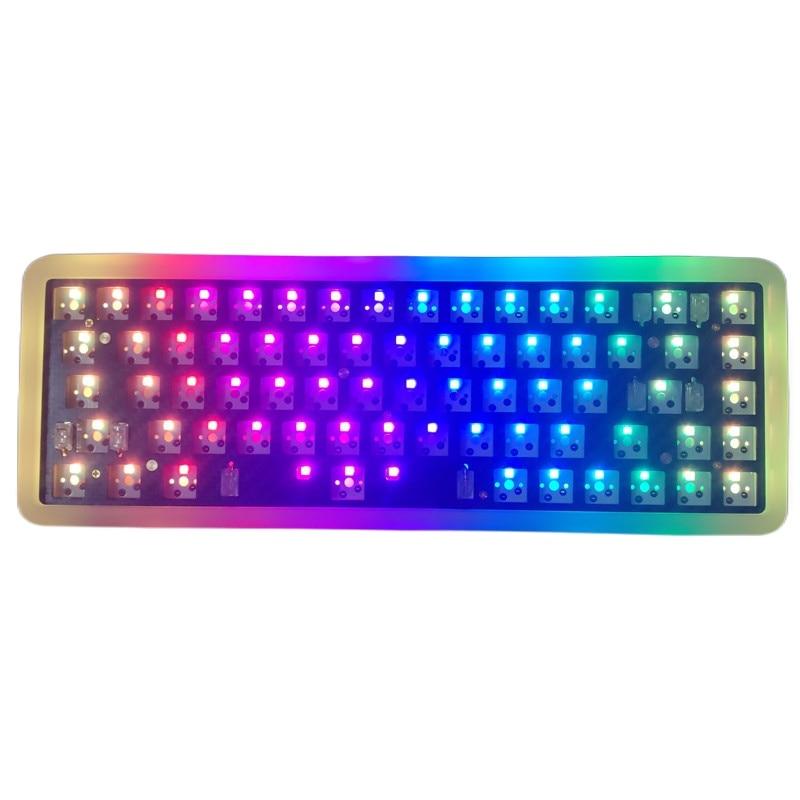 SK68 بلوتوث متوافق BT5.0 لوحة المفاتيح RGB Hotswap لوحة المفاتيح عدة الاكريليك 68 لوحات المفاتيح للبرمجة الساخن مبادلة ماك لوحة المفاتيح