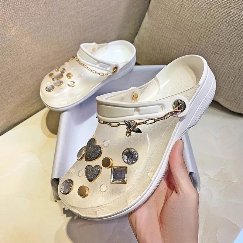 2021 Clogs Women Sandals Summer Hole Slippers Beach Anti-skid Thick Bottom Outside Croc Increase Shoes For Women Sandalias mujer