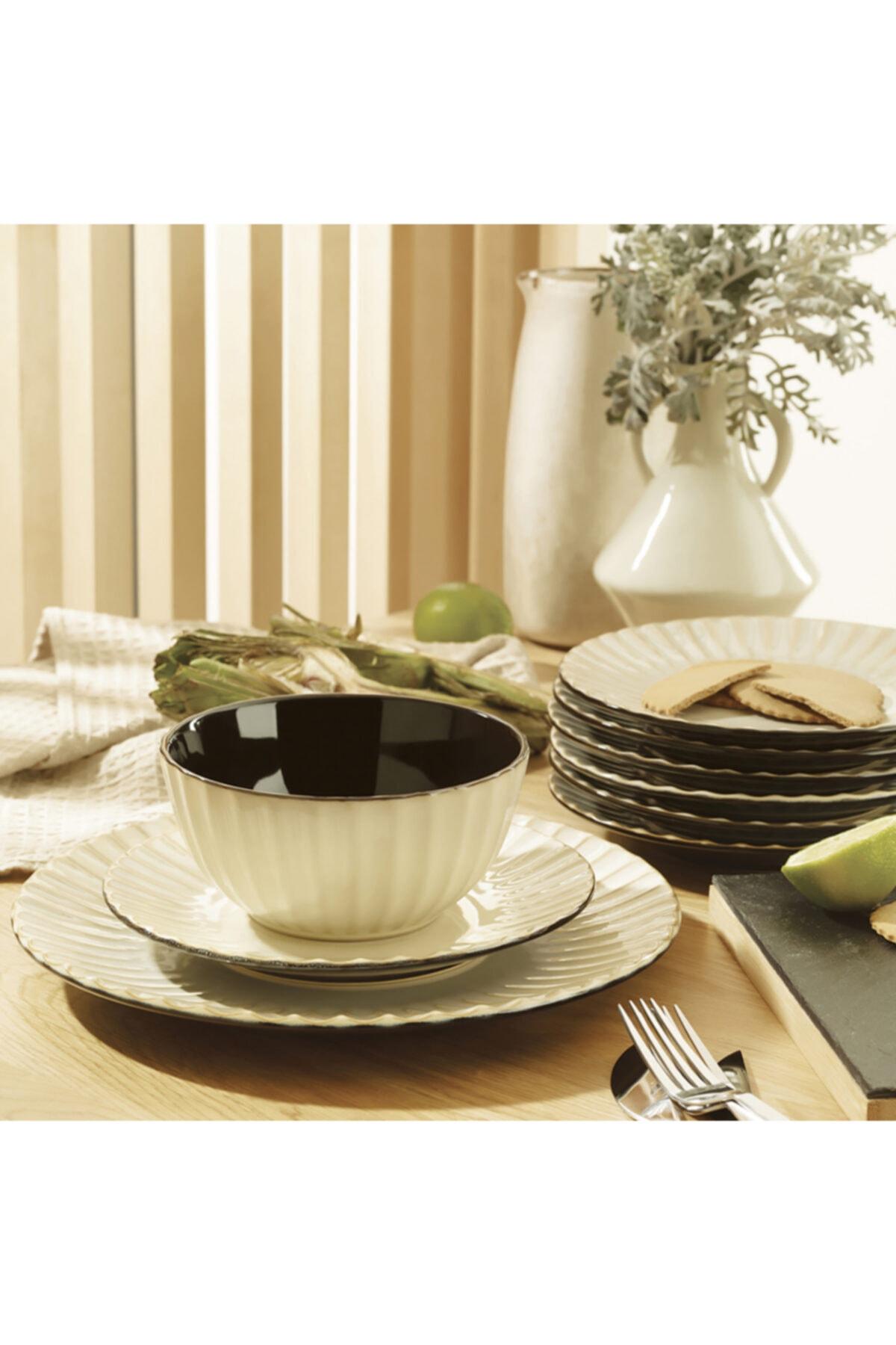 Simple 24 Piece 6 Seater Dining Set