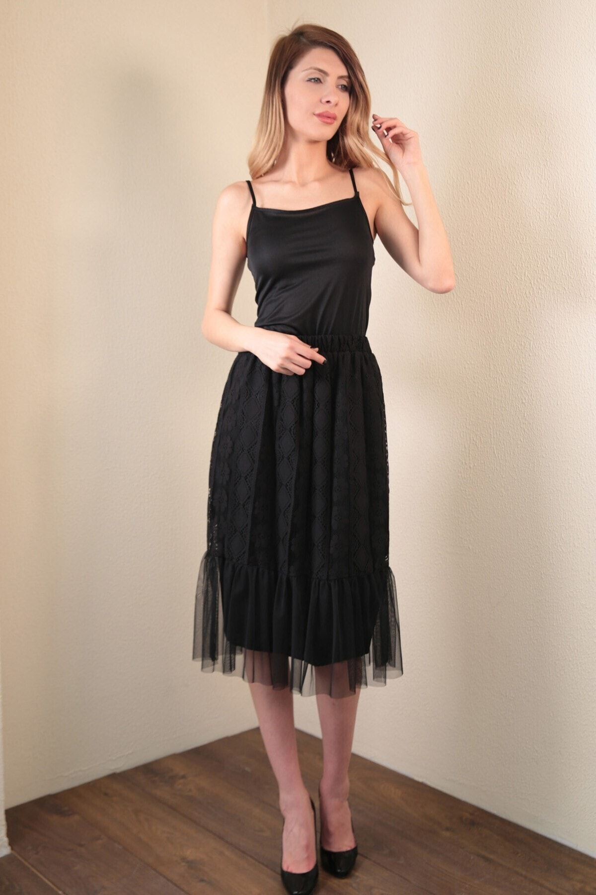 Women's Long Black Lace Pleat Skirt Women Skirt Fashion Casual Sport