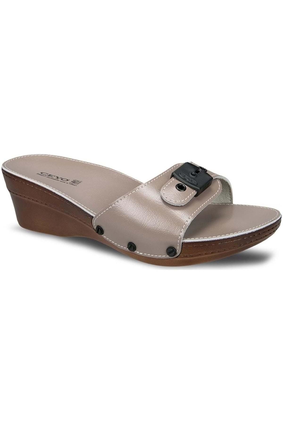 النساء الصنادل الكريستال البيج الكعوب كامل العظام الصيف داخلي في الهواء الطلق الوجه يتخبط حذاء الشاطئ النعال الإناث منصة عادية
