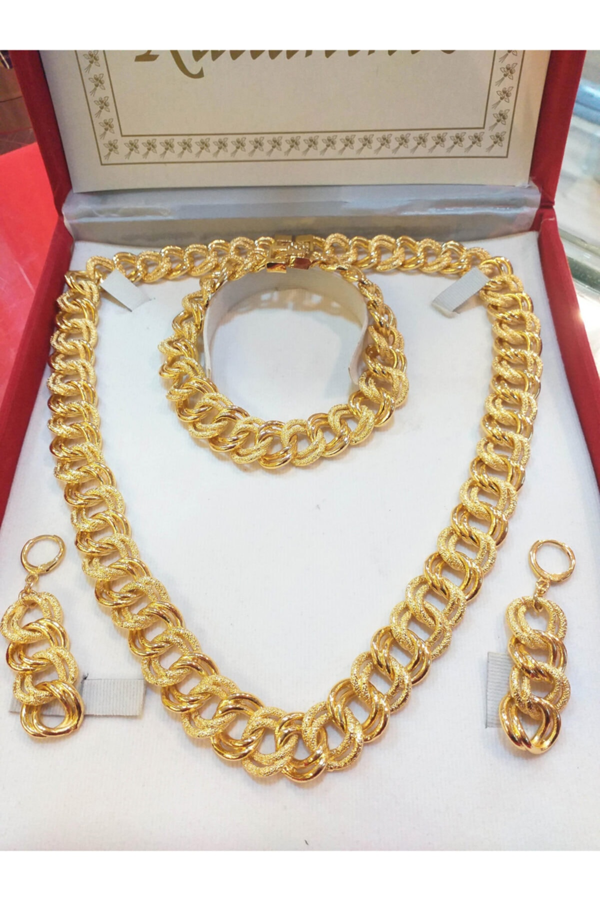 للمرأة مجوهرات الأزياء مجوهرات مطلية بالذهب مجموعات من العضلات