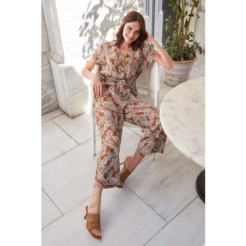 V-Neck Flower Print Belted Jumpsuit Summer Fashion stylish and elegant