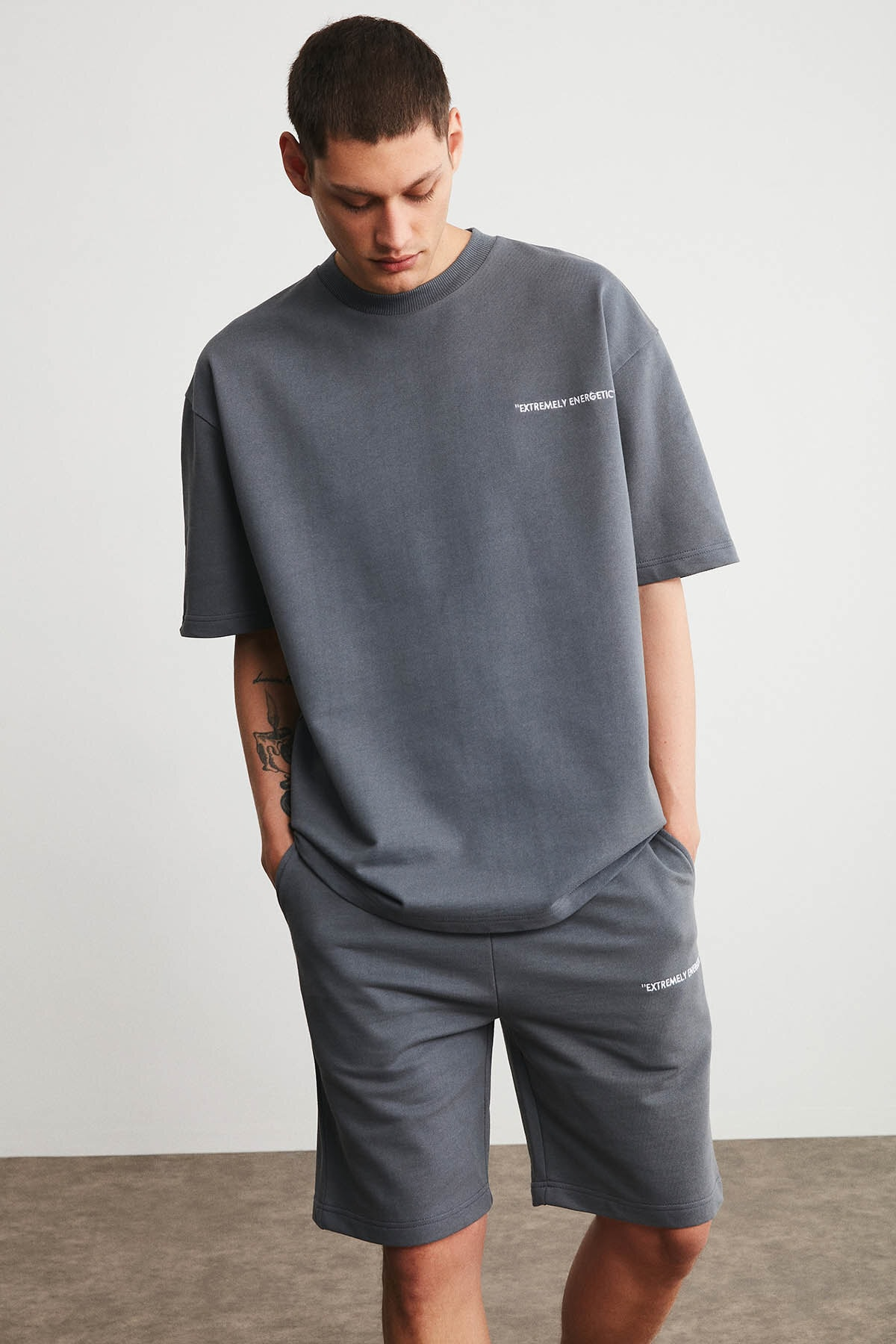 Men's Plain Gray Cotton Embroidery Detailed Basic Comfort Fit Crew Neck Shorts And T-shirt Tracksuit Set