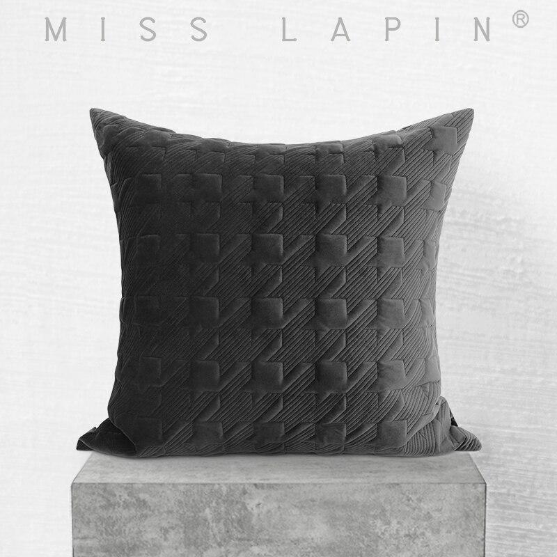 ملكة جمال LAPIN عالية الجودة الأسود رمي وسادة الزخرفية مبطن التطريز المخملية وسادة تغطي 60x60cm