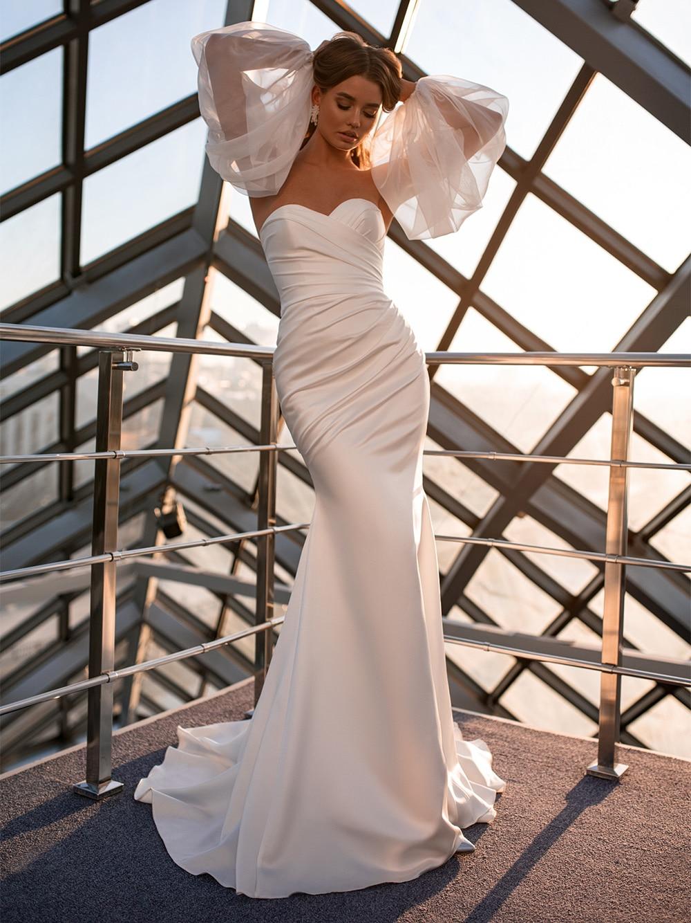 2021 Classic Wedding Dresses Mermaid White Sweetheart Strapless Satin Bridal Gown Puffy Sleeves Crisscross Custom Made 2021