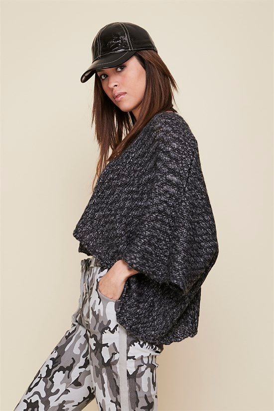 High Quality Fabric Large Size Knitted Gray Color Sweater With Open Belly For Women - XS / 5XL enlarge